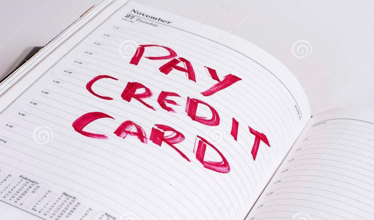 pay-credit-card-bill-3300221